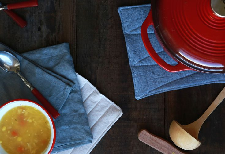 How to Make Your Own Linen Potholders