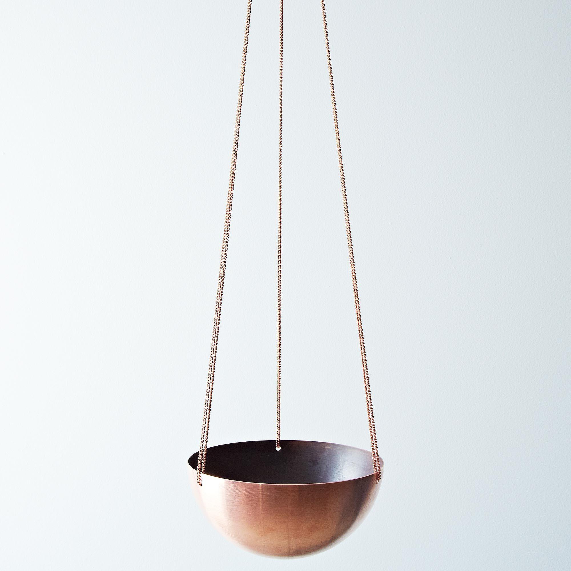 2f798a7c 0f6a 4ba3 92d1 56a3c7fd5384  2014 0226 inksekdesign handspun copper hanging basket 024