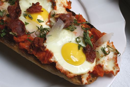 """Eggs in Pipérade"" Pizza with Crispy Prosciutto"