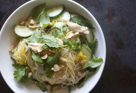 3303d331 ce8b 4f30 b78a bf67b7716b15  vietnamese noodle salad f52
