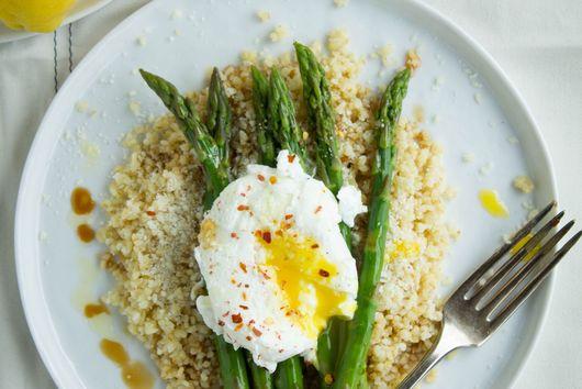 Asparagus, Poached Eggs and Bulgur