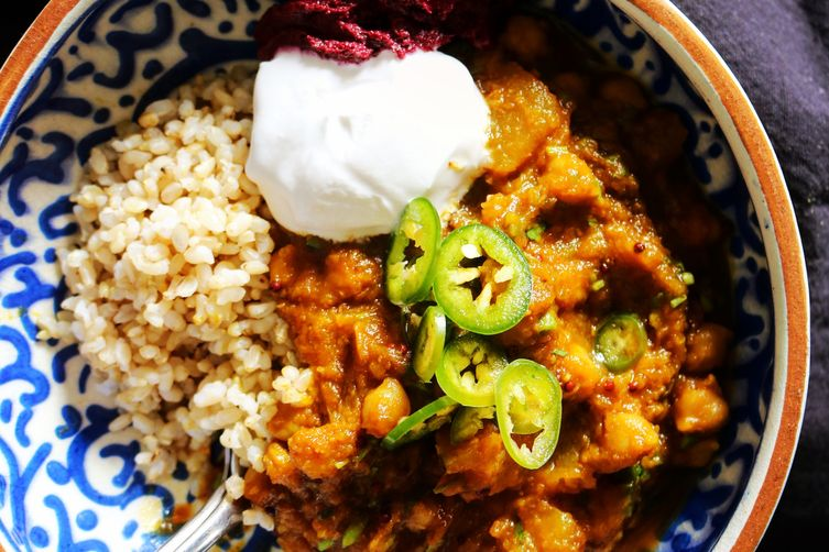 Seasonal chickpea and squash curry