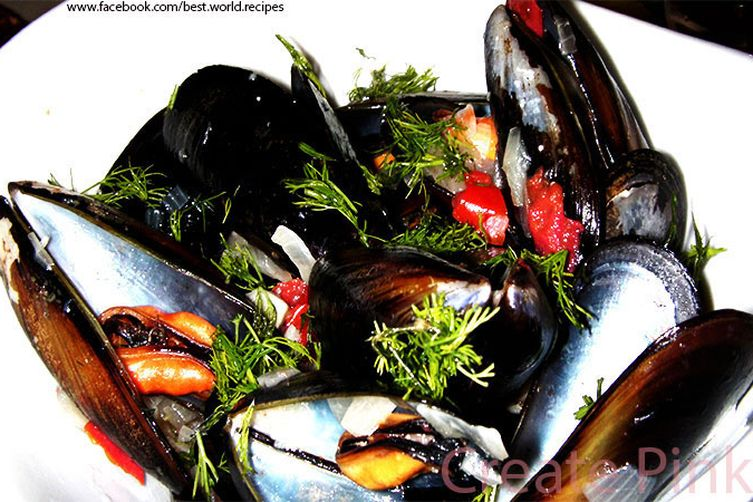 Mussels with wine and mustard