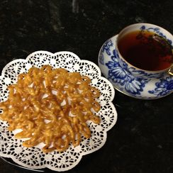 Zoolbeyah (Iranian / Persian funnel pancake)
