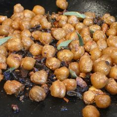 Roasted Chickpeas with Garlic and Sage