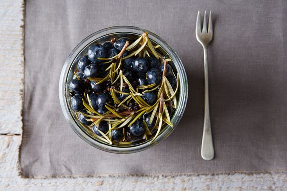 223a3942-731e-479f-87cf-0ad8fa927cdd--pickled-blueberries-with-rosemary_food52_mark_weinberg_14-08-12_0082