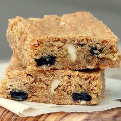 Crispy Cream Blueberry Blondies With Macadamia Nuts