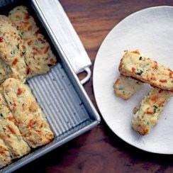 Cheddar-Basil Pan Biscuits