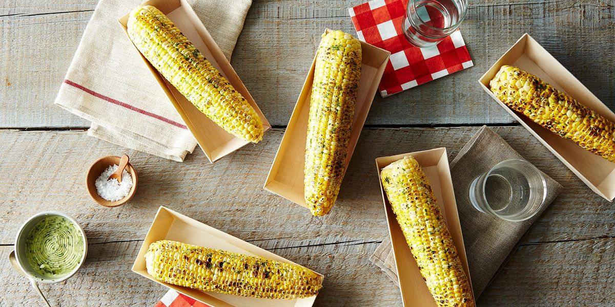The Quot Best Quot Way To Eat Corn On The Cob According To The