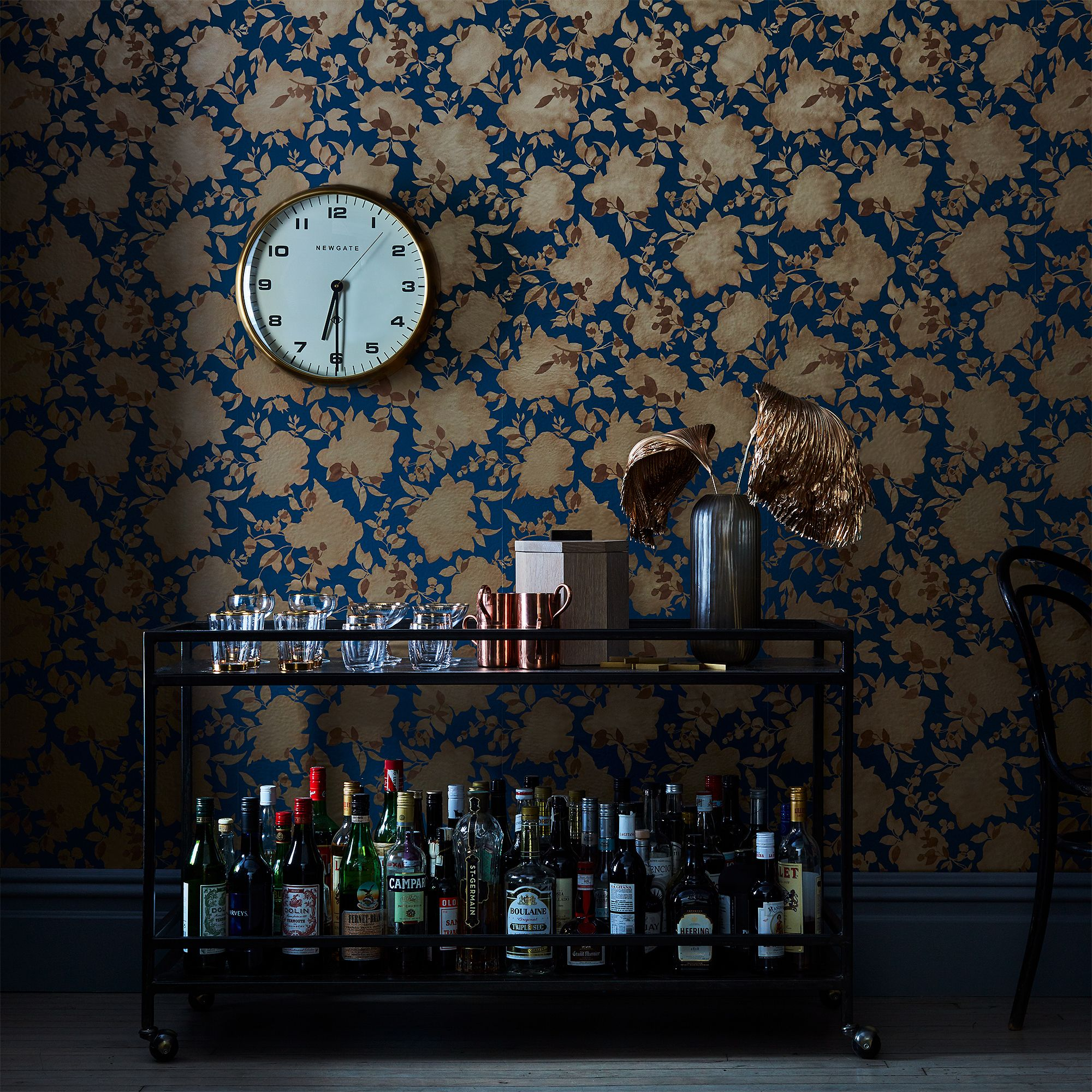 Self Adhesive Wallpaper Floral Silhouettes on Food52
