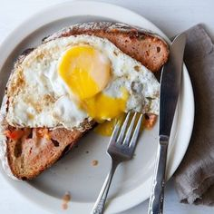 Pan con Tomate with Fried Eggs