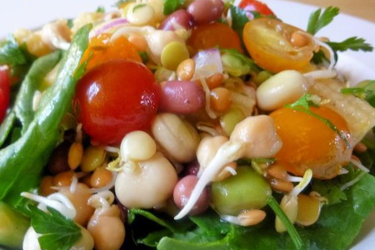Bean Sprout, Tomato & Baby Corn Salad