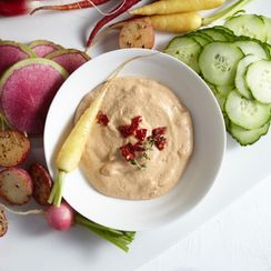 Sun-Dried Tomato & Chipotle Dip with Vegetable Crudités