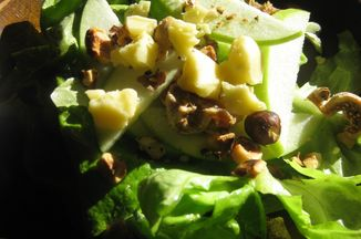 8d58ede6-f0df-4cea-810c-3337d0f252f8.apple_hazelnut_salad_004