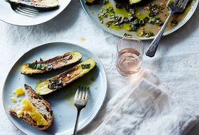 4a35dc22 1ada 446a b88a 6e7476bcd319  2015 0720 red wine vinegar marinated zucchini mark weinberg 730