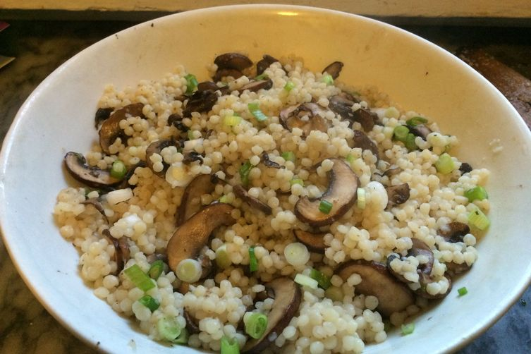 Isreali couscous with mushrooms and scallions