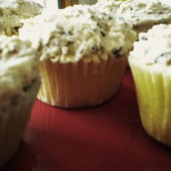 White Chocolate Toffee Chip Frosting