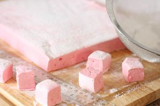 26b9aa01 4d0e 4e12 acb2 2ef607f9656e  raspberry lemonade marshmallows
