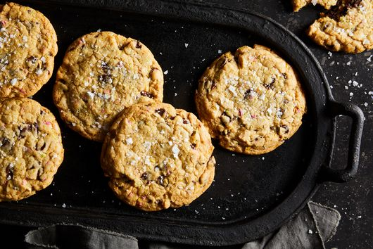 Chewy Chocolate Chip Cookies With Rainbow Fennel Seeds