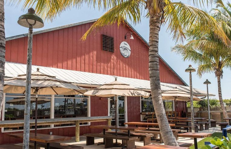 9 Tasty Reasons This Florida Beach Town Is the Ultimate Winter Escape