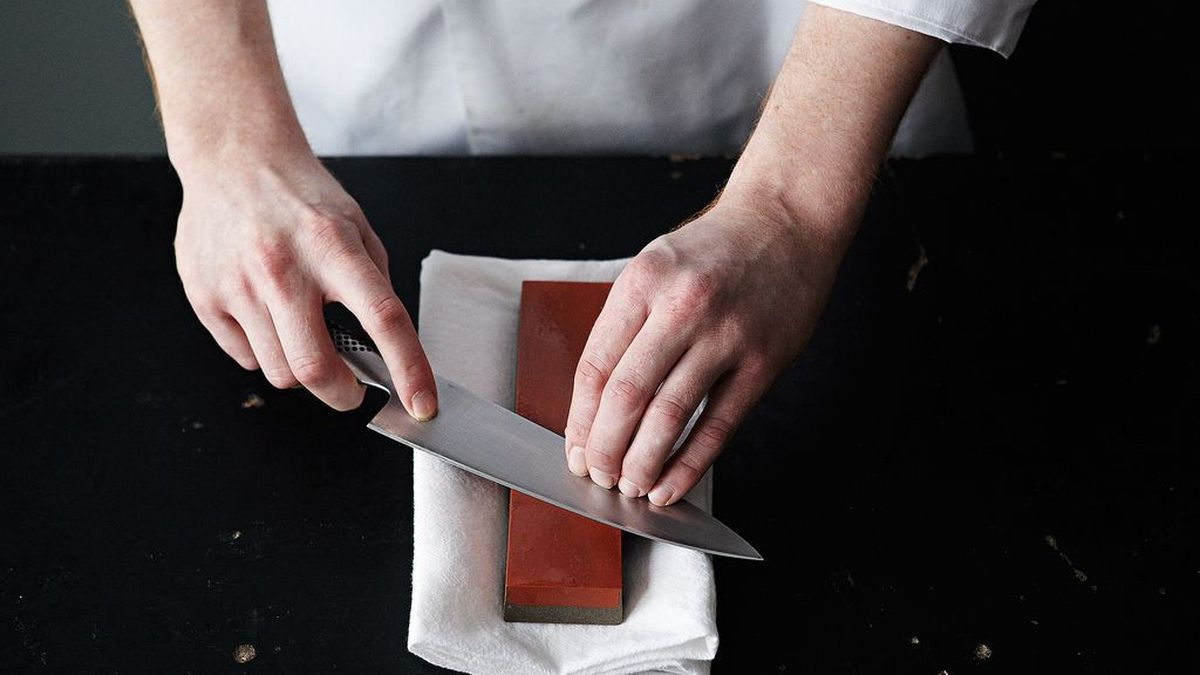 What Is The Best Way To Sharpen Kitchen Knives | 9 Knife Care Tips We Learned From A Master Bladesmith