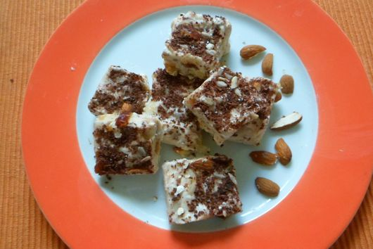 Healthy yoghurt mix bars