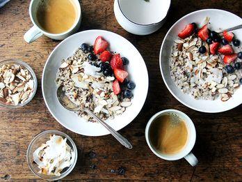 A Little Spice Goes a Long Way in This Vegan Breakfast Porridge