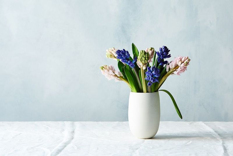 The Vases Flowers And How Tos For 3 Essential Flower Arrangements