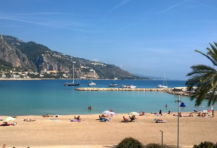 How to Turn Your Local Beach into the South of France