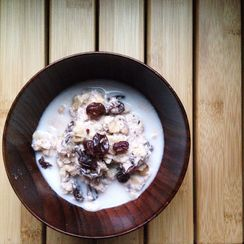 Nutty Fauxnola with Raisins & Coconut