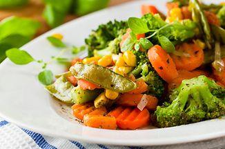 243920f3 e4d8 4fad acc2 f6257b29f800  642x361 roasted vegetable salad