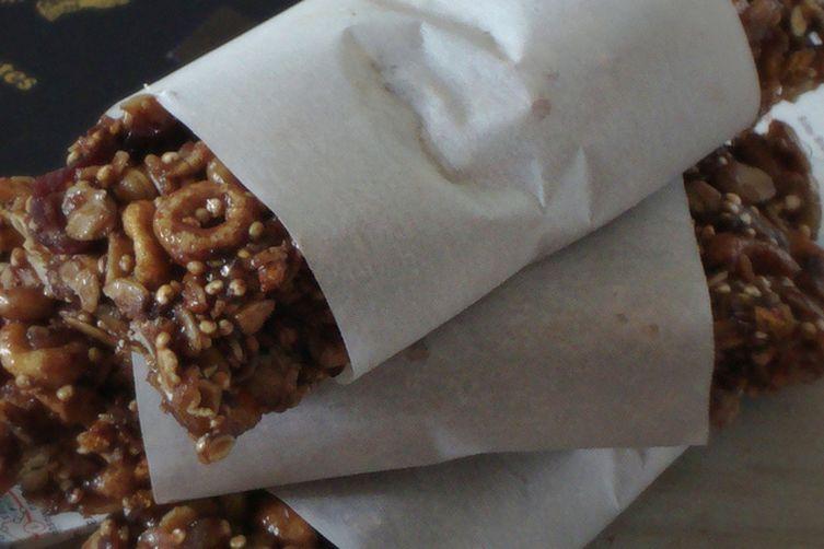 Oats and Quinoa Breakfast Bars