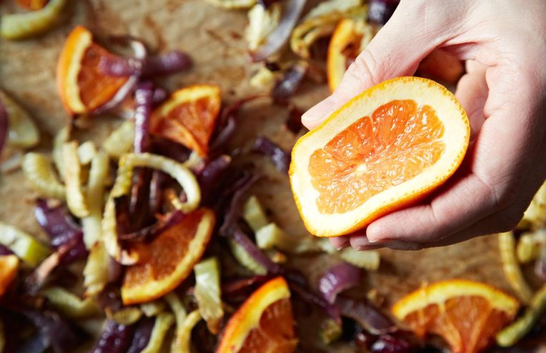 The Best Place to Eat an Orange Is—Apparently—Your Shower