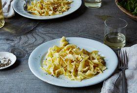 51058d8e b981 4c48 a16b 278eac8df9b2  2016 1004 genius creamy lemon pasta bobbi lin 526