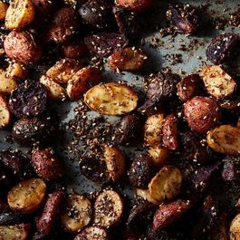 0fec113a bb30 464d b9e9 9b25a33d7c8e  2016 1025 roasted potatoes with homemade zaatar mark weinberg 240