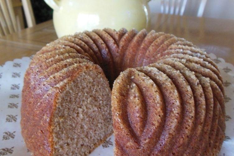 Crunchy Cinnamon Bundt Cake