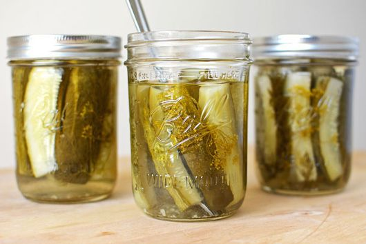 Small Batch Crunchy Dill Pickles