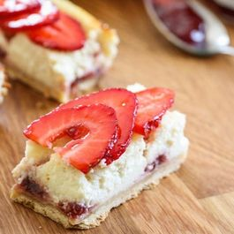 Strawberry Greek Yogurt Cheesecake Squares