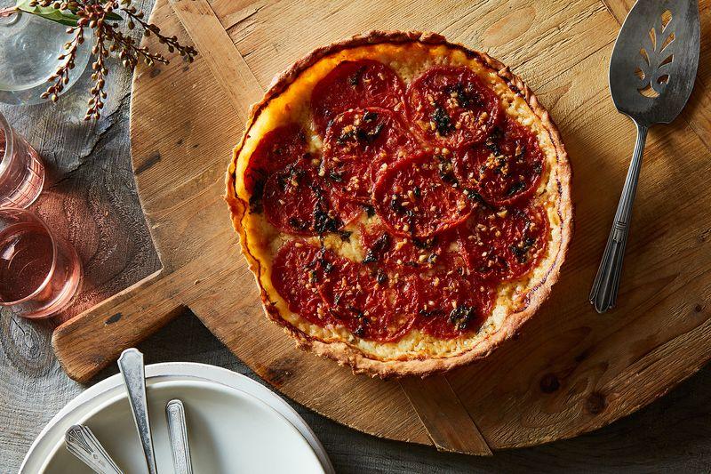 Sue Lyon's Tomato Pie