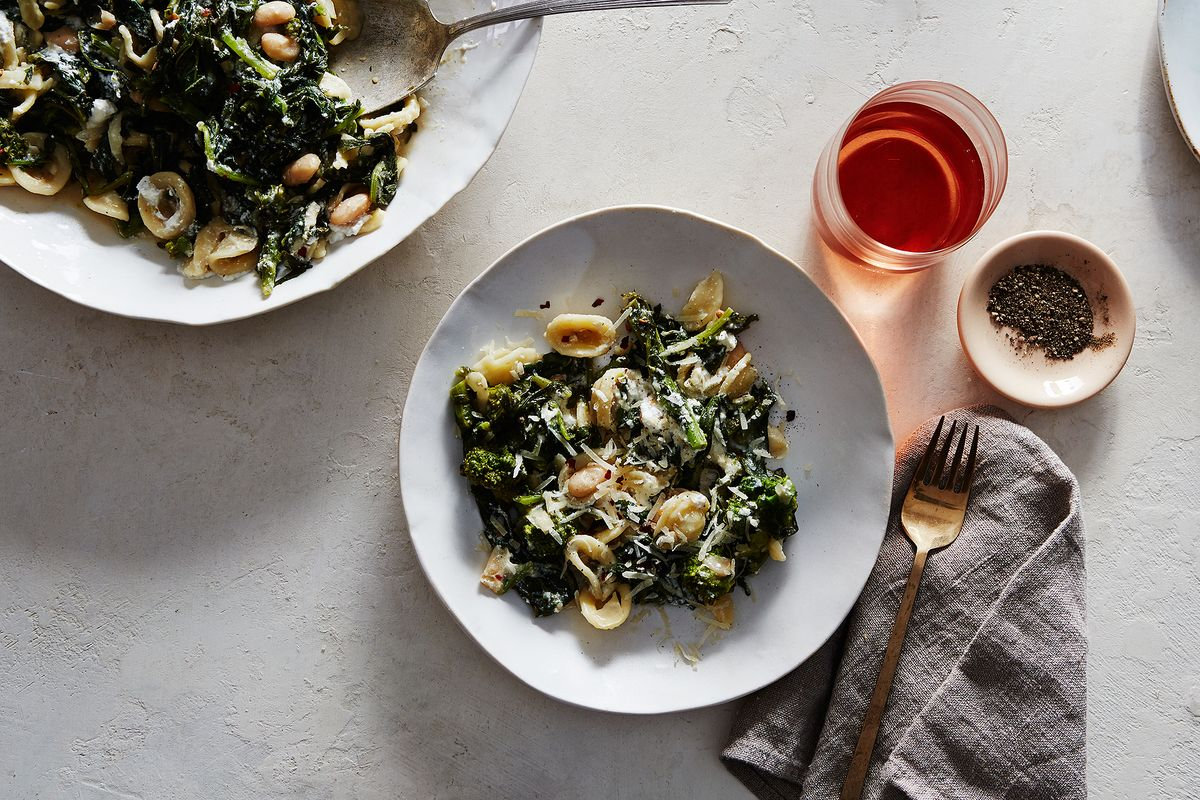 Pasta with Broccoli Rabe and White Bean Anchovy Sauce Recipe
