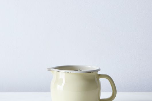 Enamel Metric Measuring Jug