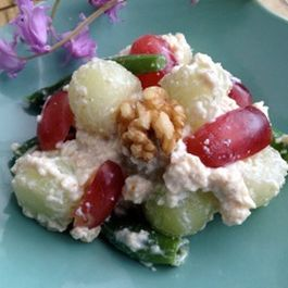 Crumbled Walnut Tofu Morning Salad with Honeydew Melon, Green Beans and Grapes
