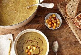 59d4285b 83d6 4568 8a6b d6ba67fb62d3  2015 0217 wtcn green lentil soup w curry brown butter bobbi lin3394 1
