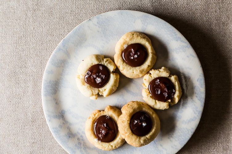 Almond Thumbprints