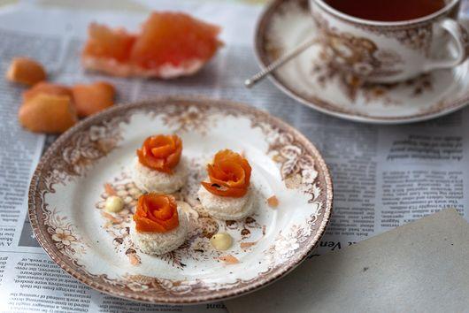 Earl Grey Cured Salmon with Vanilla Mayonnaise