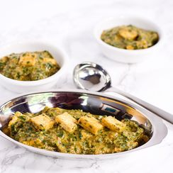 """Palak """"Paneer"""" ~ Savory Indian Spinach with Fried Tofu"""