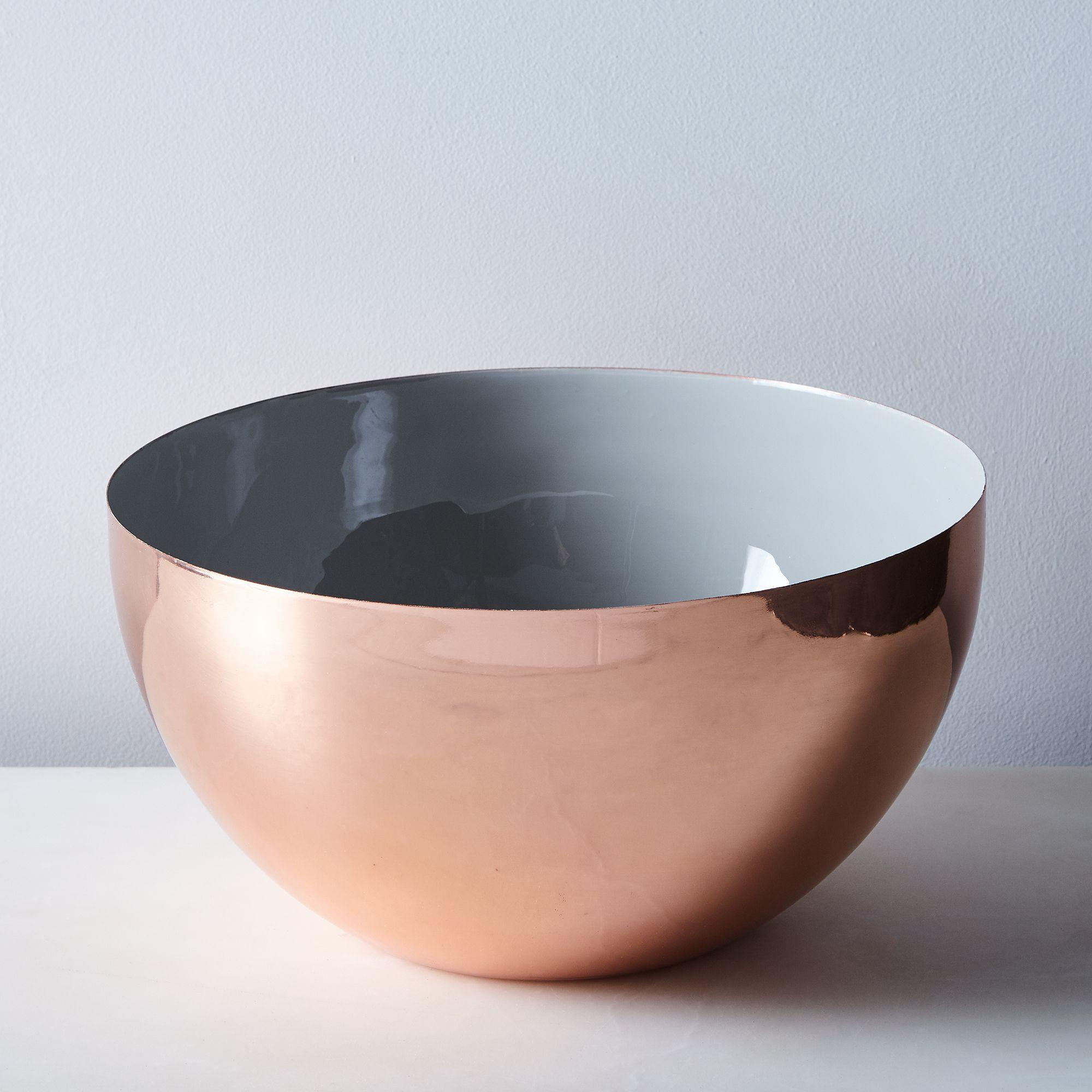 74c8654f 4df8 45ff b95f 06147156986a  2016 1118 food52 hawkins ny grey enamel louise bowls copper xlarge silo rocky luten 131