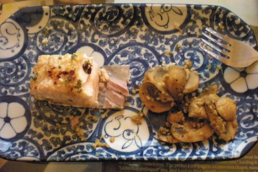 Baked Salmon and Garlic Mushrooms