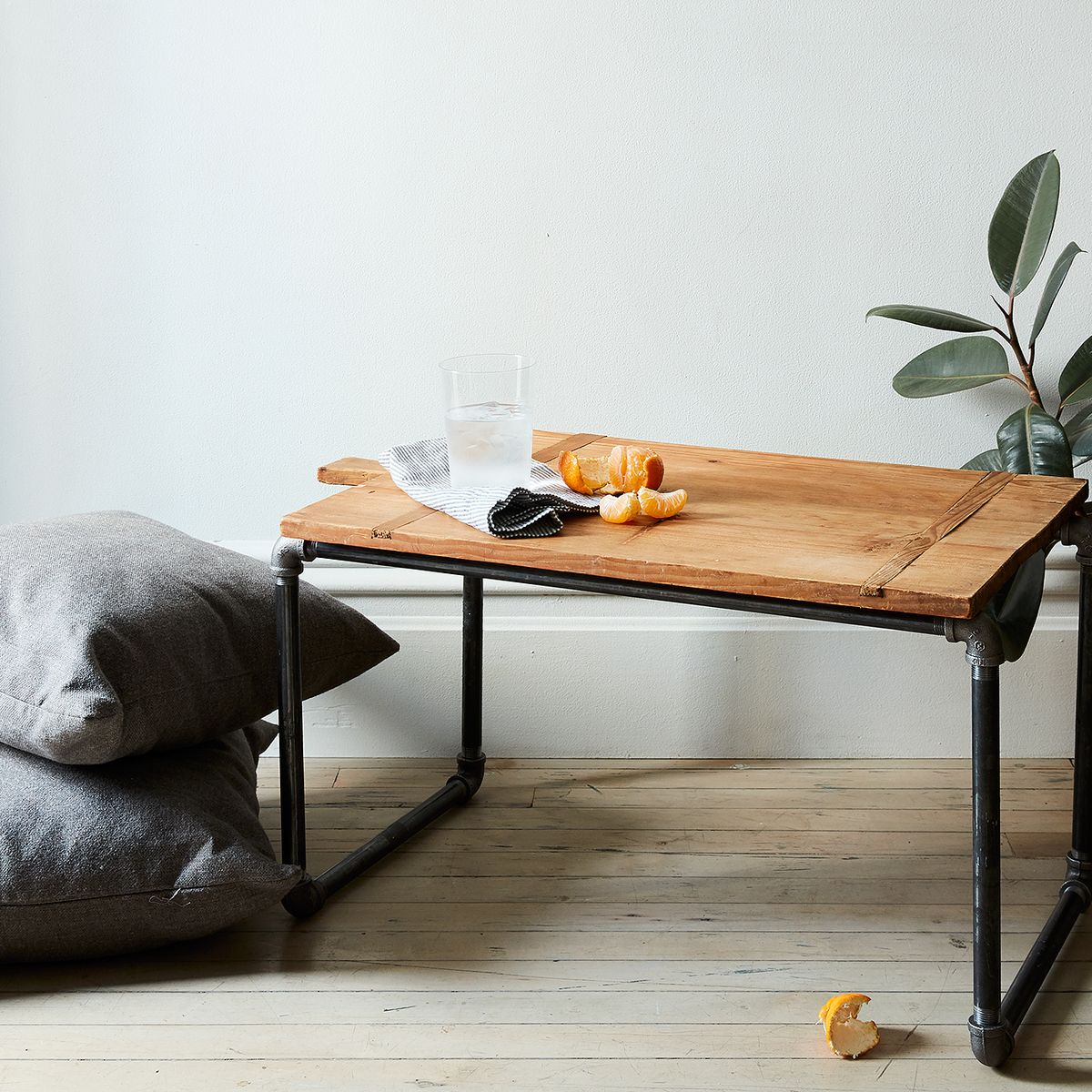 An Easy Pipe Side Table They Ll Never Guess You Made Yourself