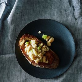 Garlicky Smothered White Beans on Toast